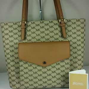 New Michael Kors Jet Set large pocket MF tote
